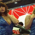Bangkok Motor Show Dimeriahkan Dengan Gadis Seksi
