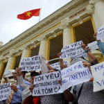 Vietnam Memblokir Facebook Akibat Protes Warga