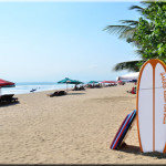 Pantai Kuta Dikunjungi Oleh Banyak Wisatawan Pada Liburan Panjang