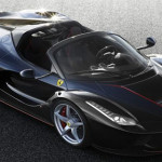 Ferrari Membocorkan Foto Dari Hypercar LaFerrari Aperta