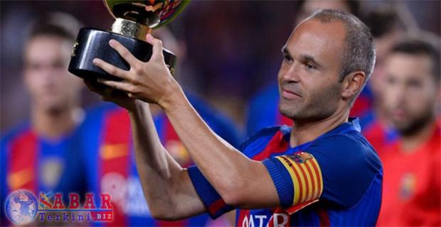 Iniesta: Barcelona Bakal Incar Semua Gelar