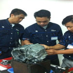 Motor Satria F150 di Pelajari Teknisi Dari 4 Negara di Indonesia