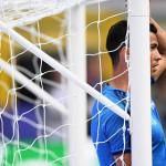 Kesal Saat Latihan, Ronaldo Menedang Bola ke Arah Wartawan
