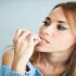 5 Masalah Kesehatan Jika Sering Menggigit Kuku