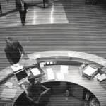 Nenek Berusia 80 Tahun Hasilkan Uang dengan Menonton CCTV