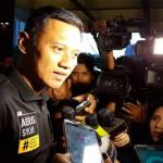 Selesai Debat, Agus Yudhoyono Diarak Pendukung ke Mobilnya