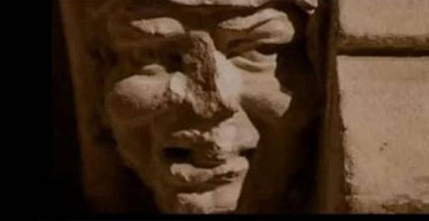 Ukiran Batu Berusia 700 Tahun Persis Wajah Donald Trump