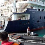 Tim Basarnas Mengevakuasi Kapal Sky Caledonian yang Merusak Karang Raja Ampat