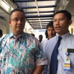 Anies Jenguk Korban Bom Kampung Melayu di RS Jatinegara