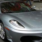 Hanya 30 Menit Bermain Bola Bagi Messi untuk Membeli Sebuah Ferrari