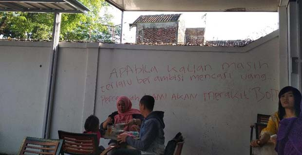 Dua Penulis Ancaman Bom di Alfamart Bandung Terendus Rekaman CCTV