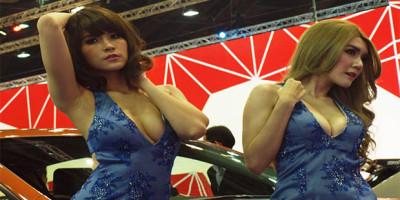 bangkok-motor-show-dimeriahkan-dengan-gadis-seksi