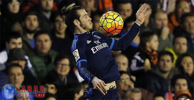 Jadi Andalan Inti Wales, Gareth Bale Santai dan Senang