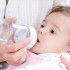 Inilah Alasan Mengapa Air Putih Tidak Boleh di Minum Oleh Bayi