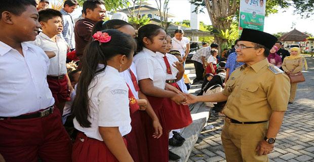 Bupati Anas Mengatakan Wacana Full Day School Belum Tentu Akan Cocok Untuk Daerah