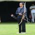 Jokowi Melakukan Persiapan Berlatih Menjelang Kejuaraan Panahan