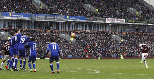 Chelsea Ditahan Burnley 1-1