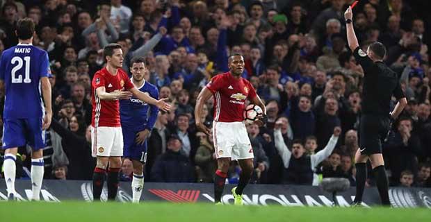 Ander Herrera Mendapatkan Kartu Merah Melawan Chelsea