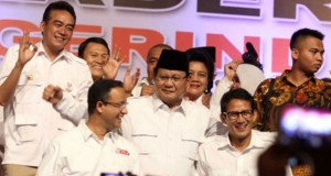 Pesan Prabowo Untuk Anies dan Sandi : Jika Kau Khianati Rakyat, Saya turunkan