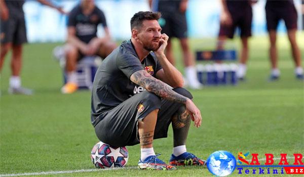 Neymar Diam-diam Telefon Messi, Bicara Apa Yah?