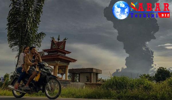 Gunung Sinabung Erupsi, Petani Karo Rugi Rp 41 Miliar